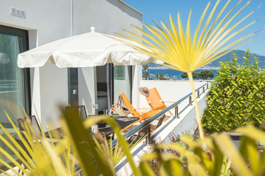 Apartments In Petreto-bicchisano Corsica