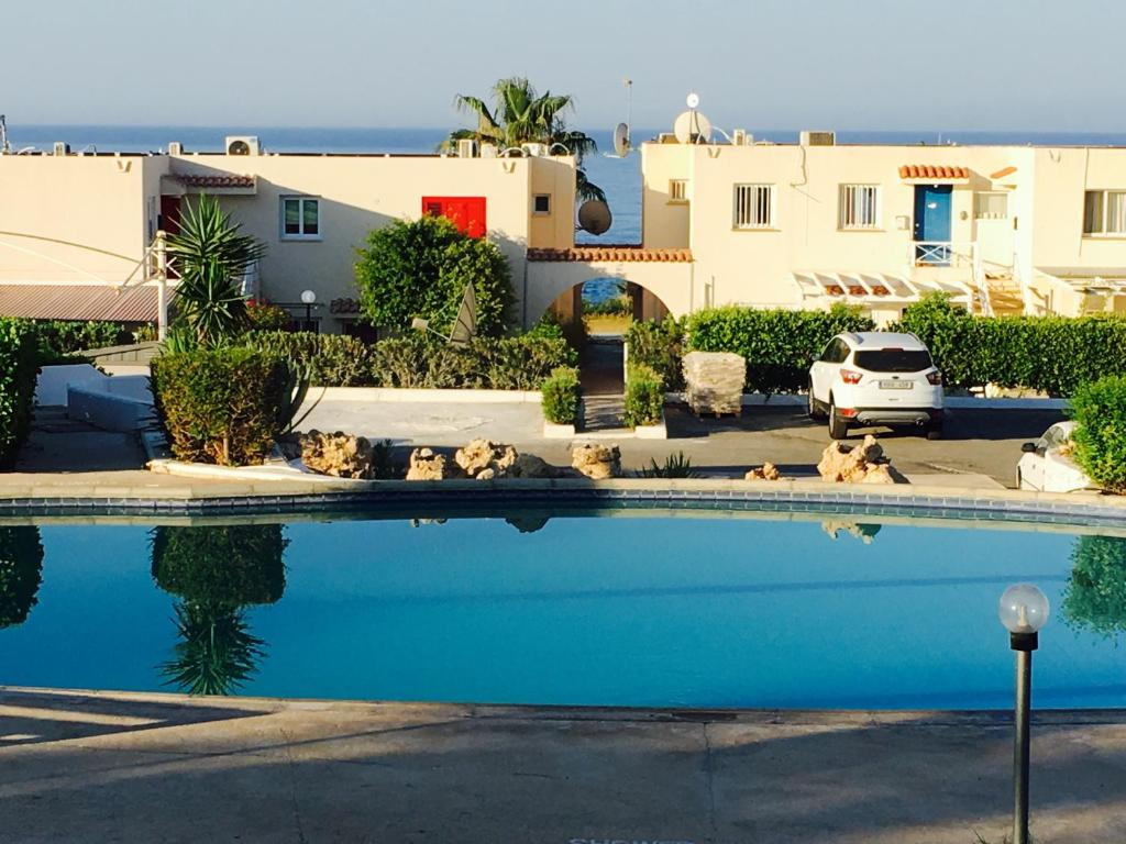 Townhouse Coral Bay Village, Peyia, Cyprus - Booking.com