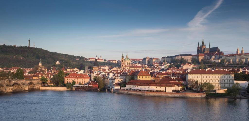フォーシーズン ホテル プラハ(Four Seasons Hotel Prague)