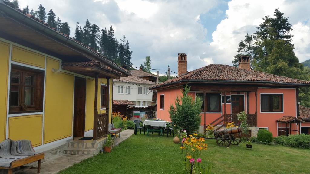 Къща за гости Гости Мечта - Копривщица