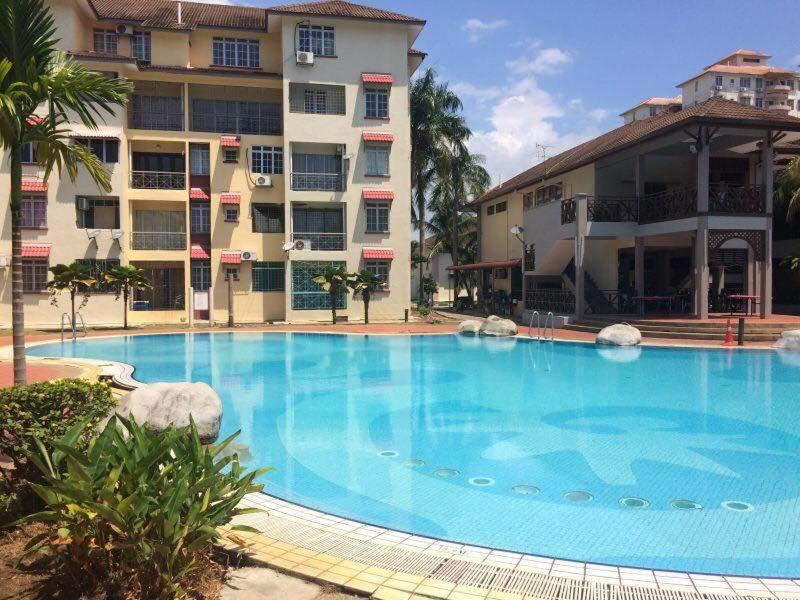 Pd Perdana Homestay Pool Side Port Dickson Malaysia