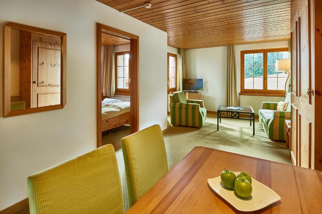 Hostellerie am Schwarzsee (Schweiz Bad-Schwarzsee) - Booking.com