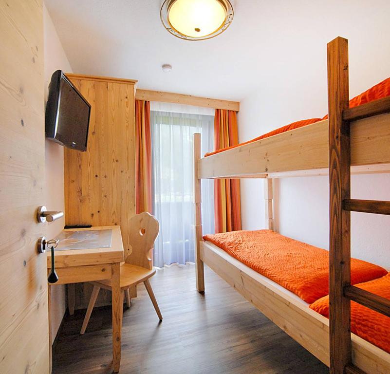 Haus Am See Zell Am See Austria Bookingcom: Apartment Klammlhof 304S, Zell Am Ziller, Austria