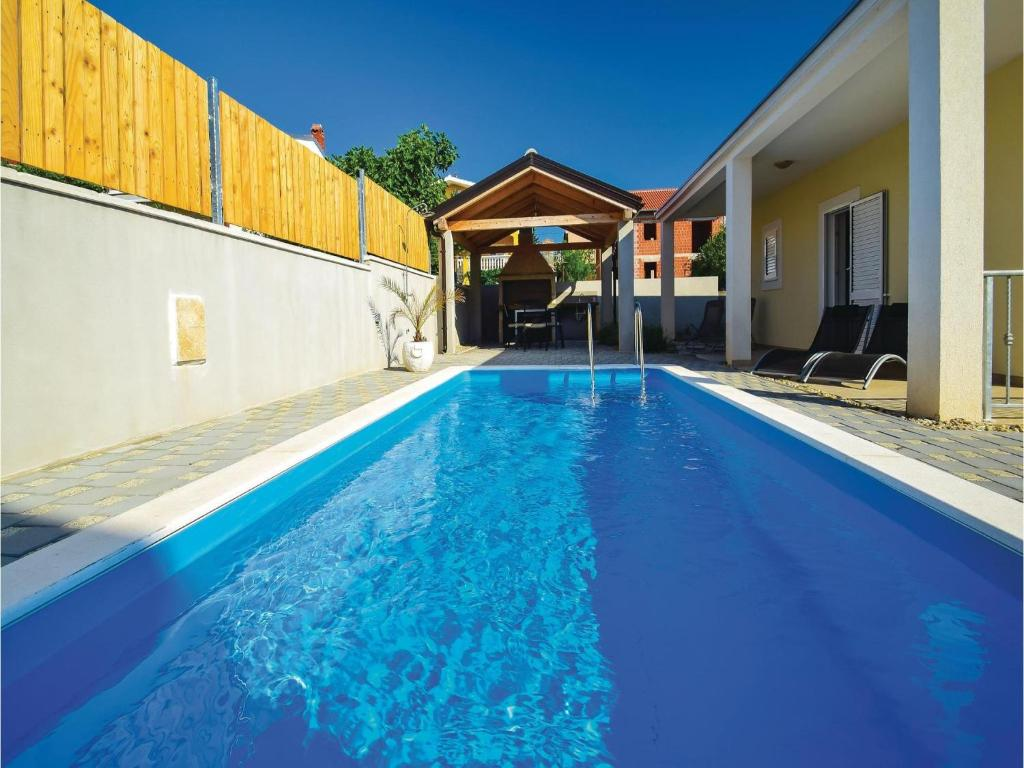 Holiday home vodice with outdoor swimming pool 154 for Home outdoor pool