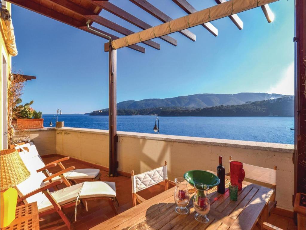 Apartment La Terrazza (App.4), Porto Azzurro, Italy - Booking.com