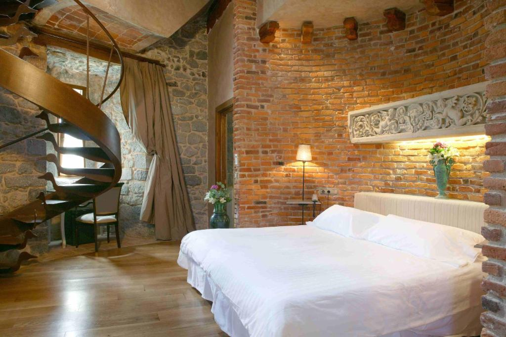 boutique hotels in gautegiz arteaga  11