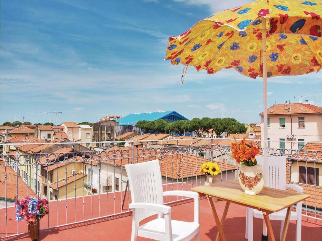 Apartment La Terrazza sul Mare, Viareggio, Italy - Booking.com