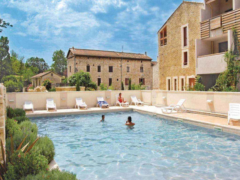 Apartments In Rivières-de-theyrargues Languedoc-roussillon