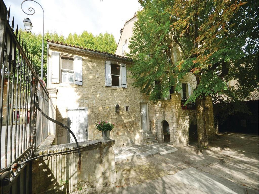 Apartments In Saint-didier Provence-alpes-côte D