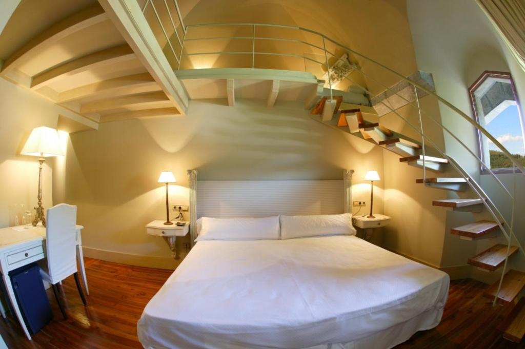 boutique hotels in gautegiz arteaga  13
