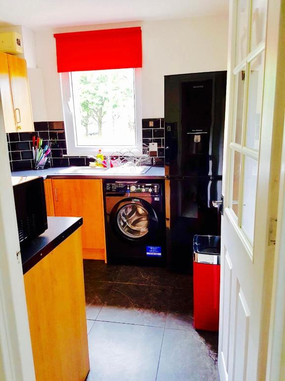 Glasgow City Centre Primo 2 Bed Apartment With Parking Glasgow
