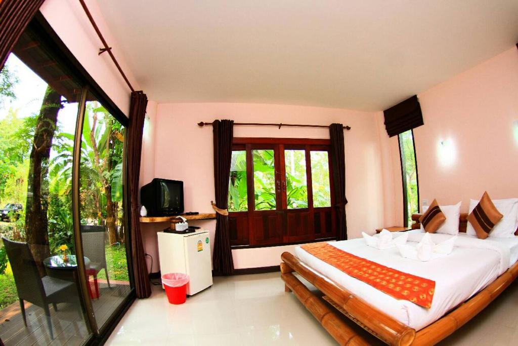 Banana Resort And Spa Ban Kao Thailand Booking Com