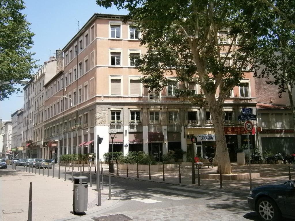 Hotel Dans Le Vieux Lyon Avec Parking
