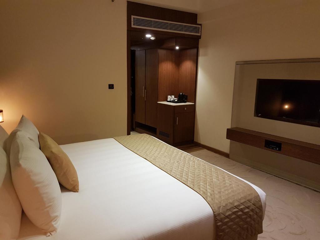 Udman hotels and resorts new delhi india booking com