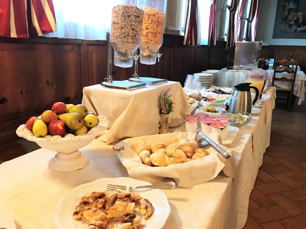 Hotel Oasi Neumann (Italien Cortona) - Booking.com