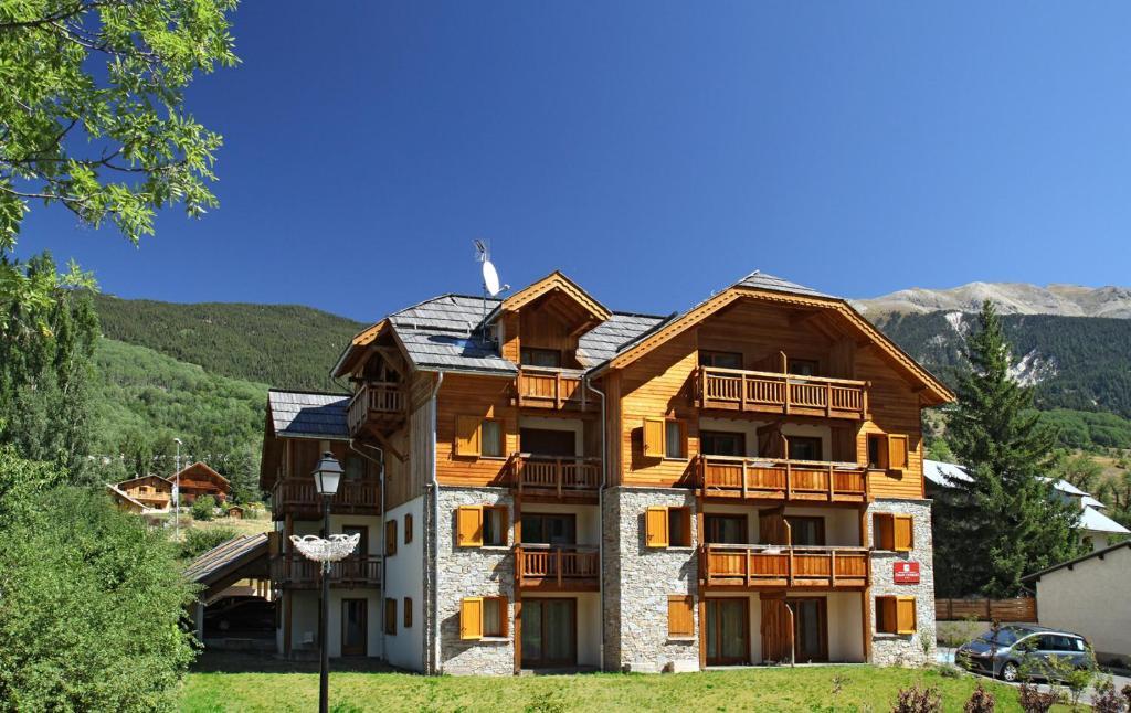 Apartments In Puy-saint-andré Provence-alpes-côte D
