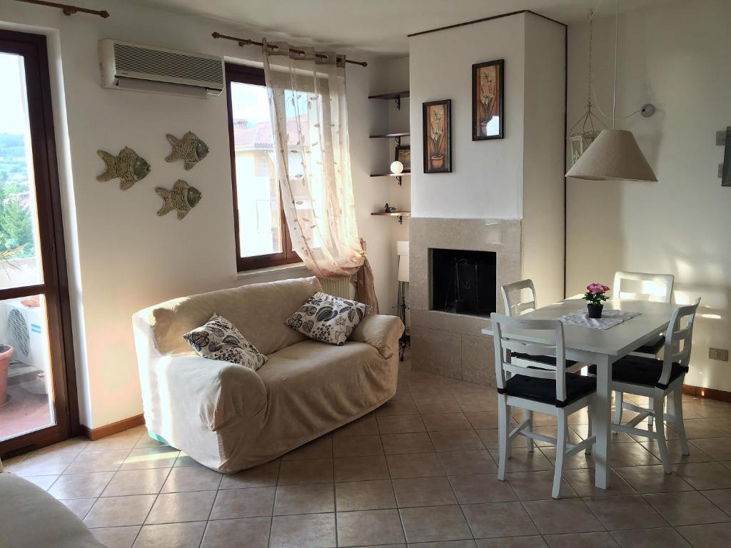 Apartment Casa dal Bosco, Bardolino, Italy - Booking.com