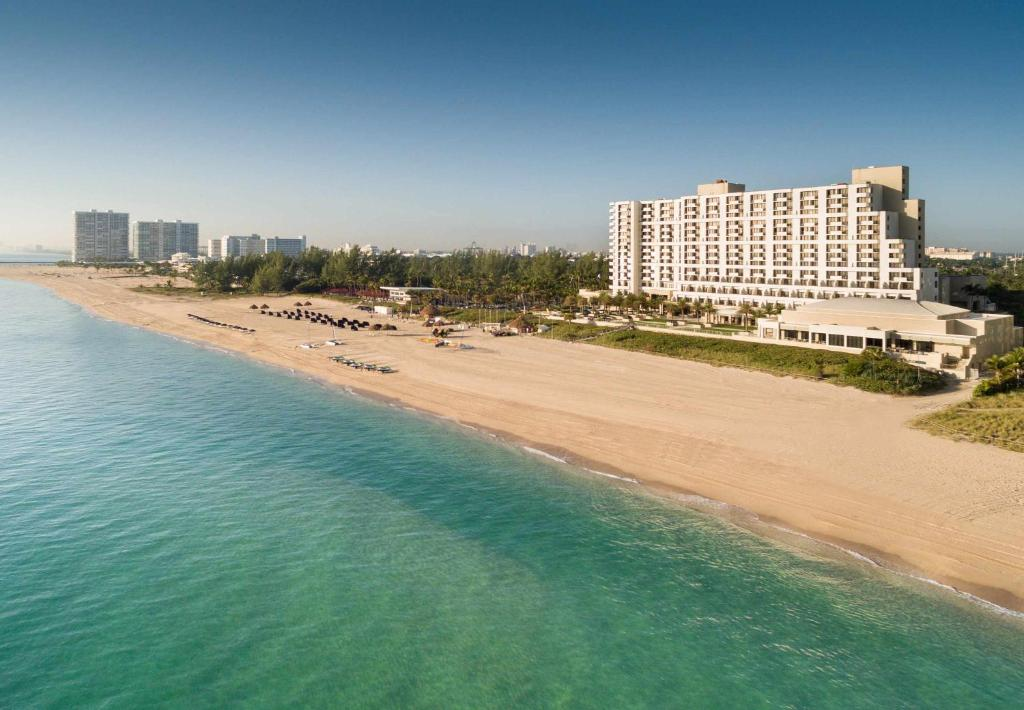 Fort Lauderdale Marriott Harbor Beach Resort Spa Reserve Now Gallery Image Of This Property