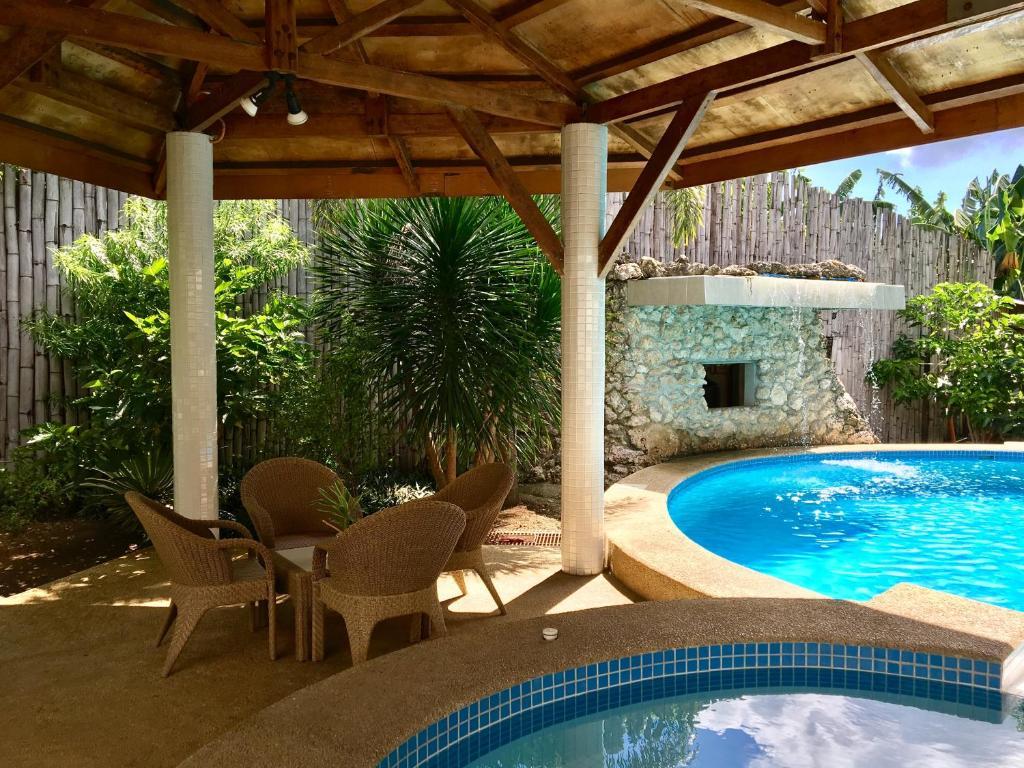 Lapu lapu cottages restaurant mactan philippines - Cheap hotel in cebu with swimming pool ...