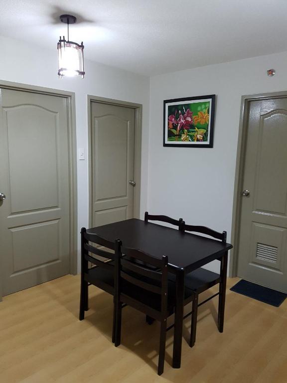 Apartment BEST Value: Cozy 2-bedroom unit in pasig, Manila ...