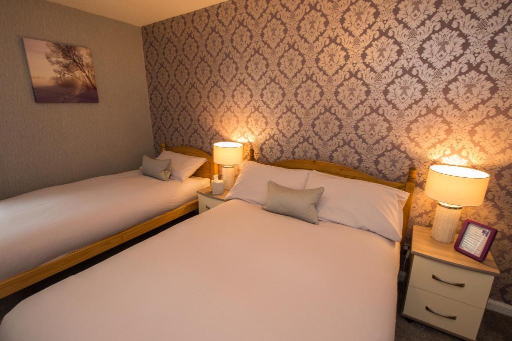 Tigh Na Mara Hotel