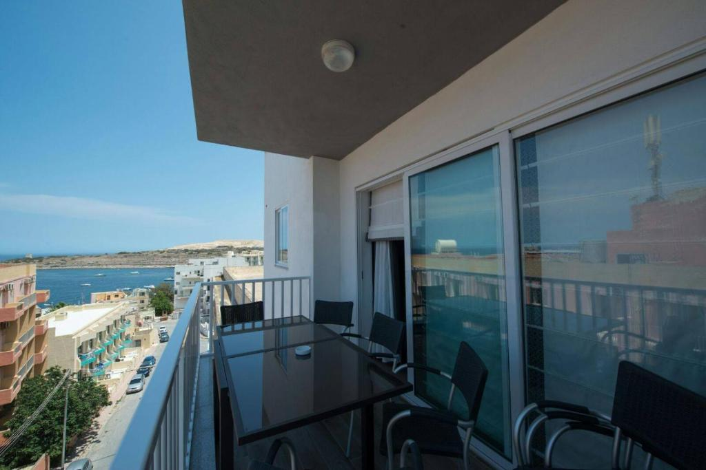 Four Seasons Apartment 9 (Malta St Paul\'s Bay) - Booking.com