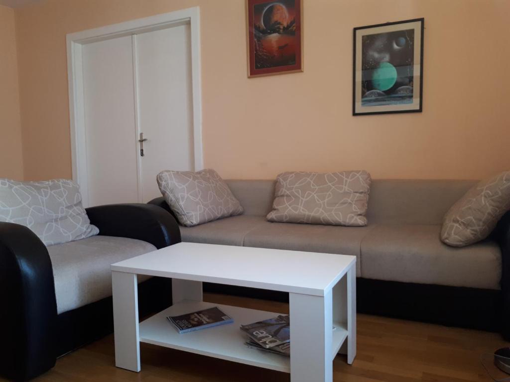 Brace Jugovica Apartment