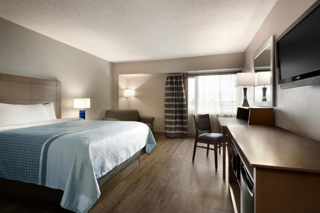 travelodge hotel by wyndham saskatoon saskatoon updated 2018 prices