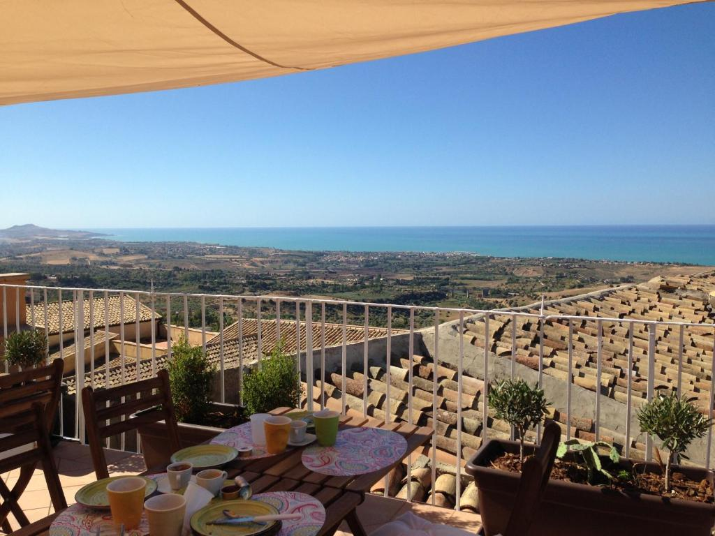 Bed and Breakfast Le Terrazze di Pirandello, Agrigento, Italy ...