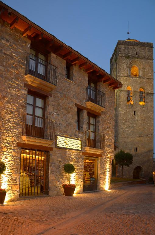 Apartamentos El Palacete de Ainsa imagen