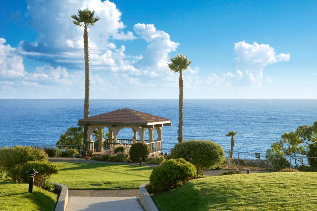 Cliff House Restaurant Pismo Beach - Best Cliff In The World