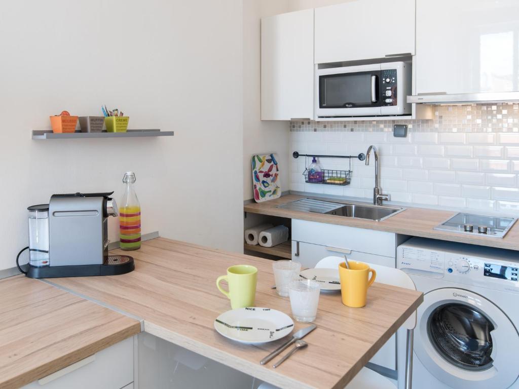 Apartment Le Petit Gryphe, Lyon, France - Booking.com