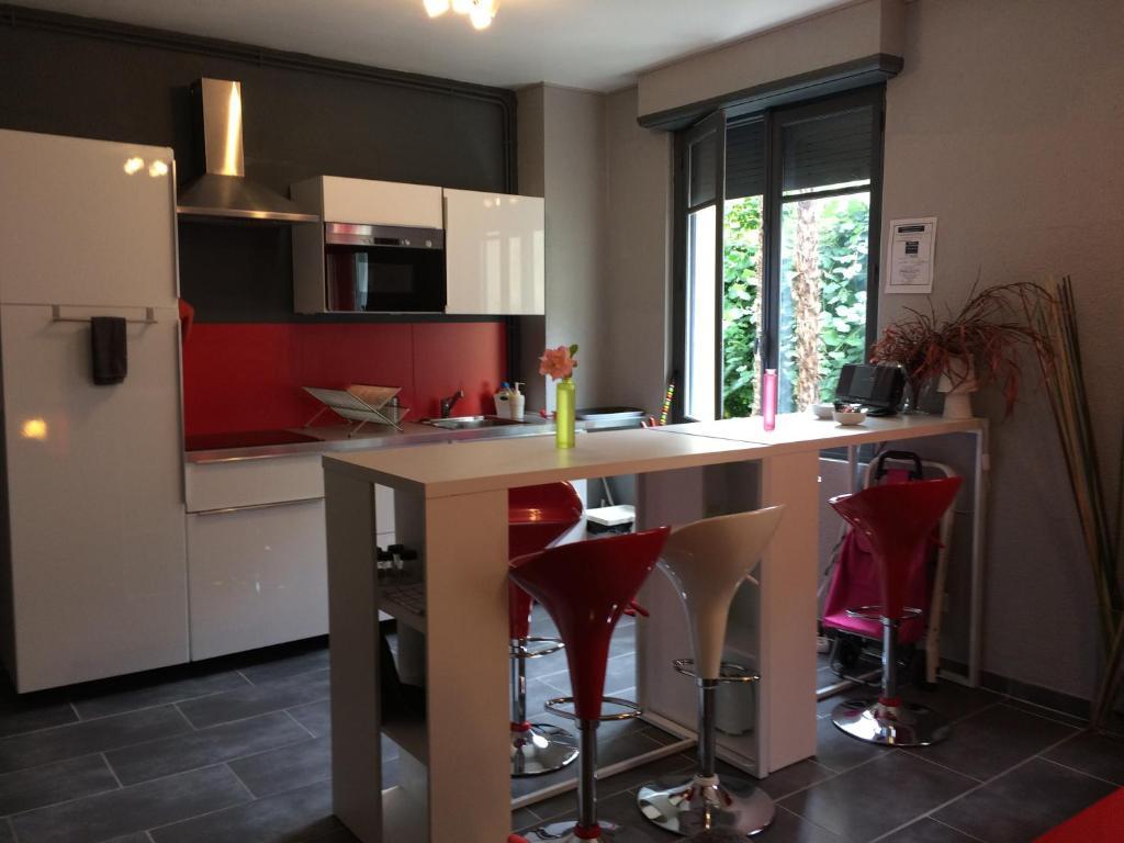 Apartments In Poueyferré Midi-pyrénées