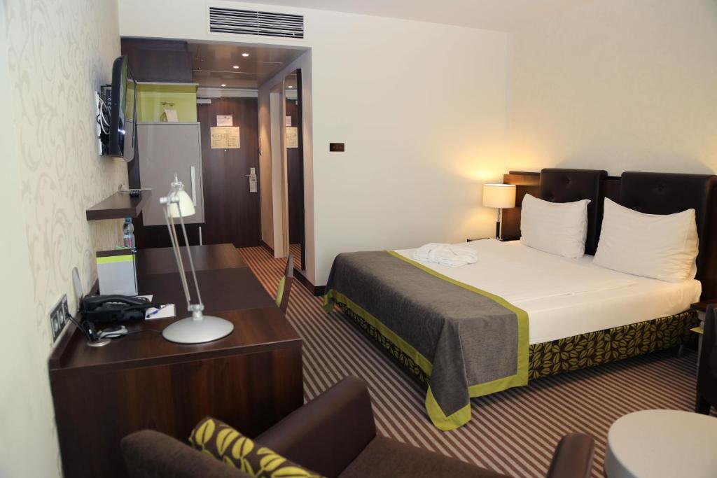Ambassador apart hotel kaluga russia for Aparte hotel