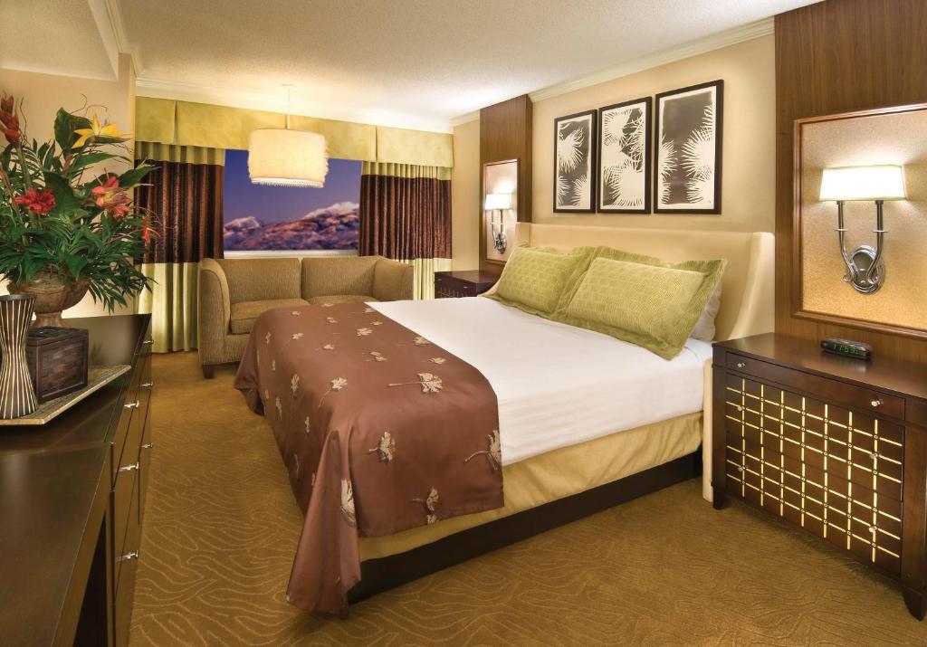 Harrahs casino hotel reno phone telephone how to beat sun cruz casino