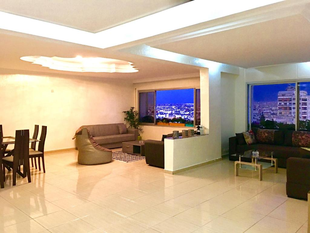 Appartement luxe 2 mars casablanca updated 2018 prices for Appartement luxe