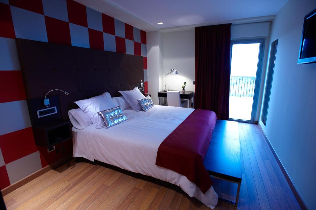 boutique hotels in laguardia  37