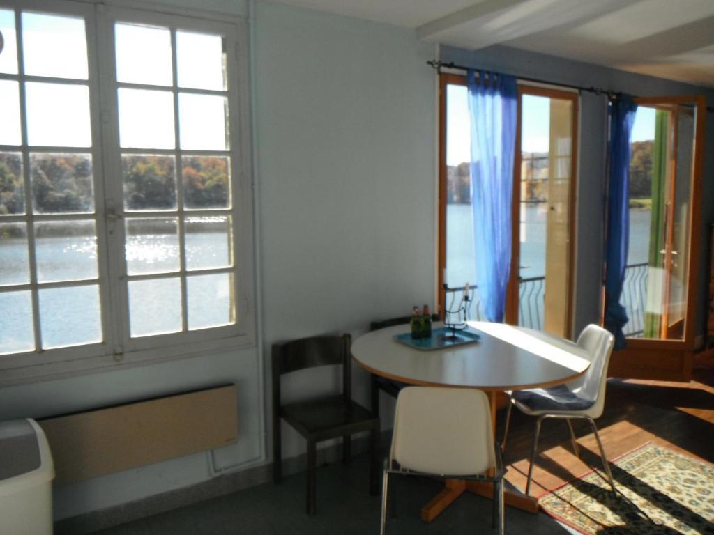 Apartments In Saint-aubin-le-monial Auvergne