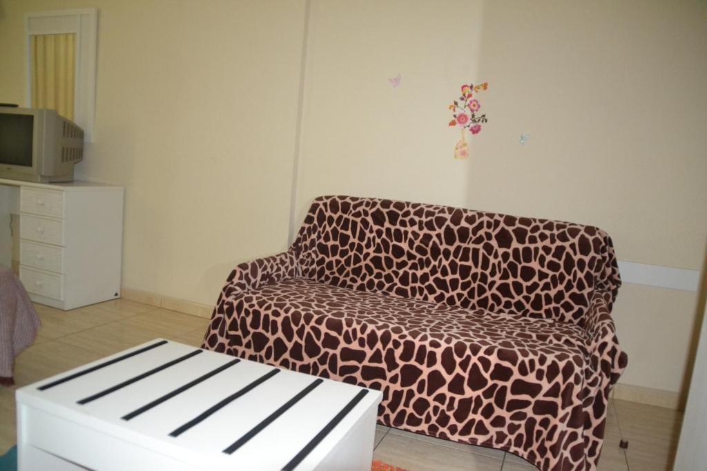 gallery image of this property palmeras avenida puerto de la cruz  u2013 updated 2018 prices  rh   booking