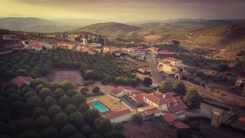A bird's-eye view of Casa do Pinhal