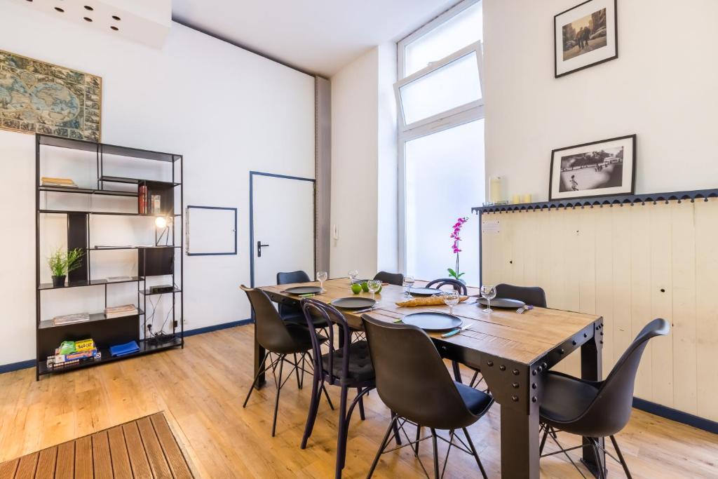 Apartment Historical center loft, Bordeaux, France - Booking.com