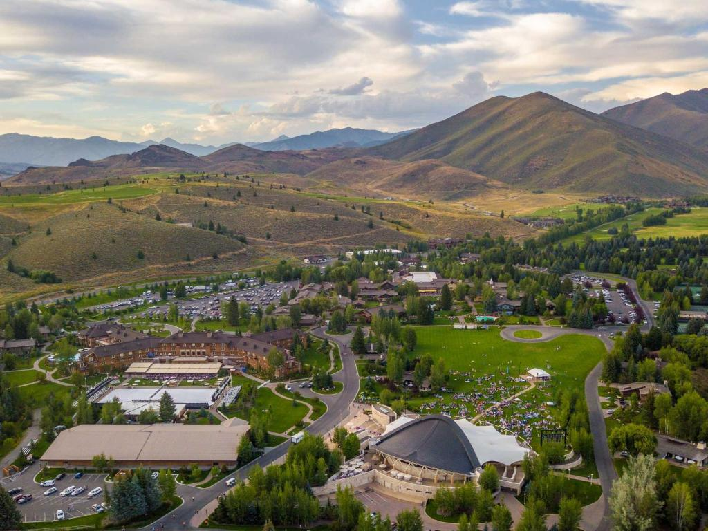 sun valley resort id booking com