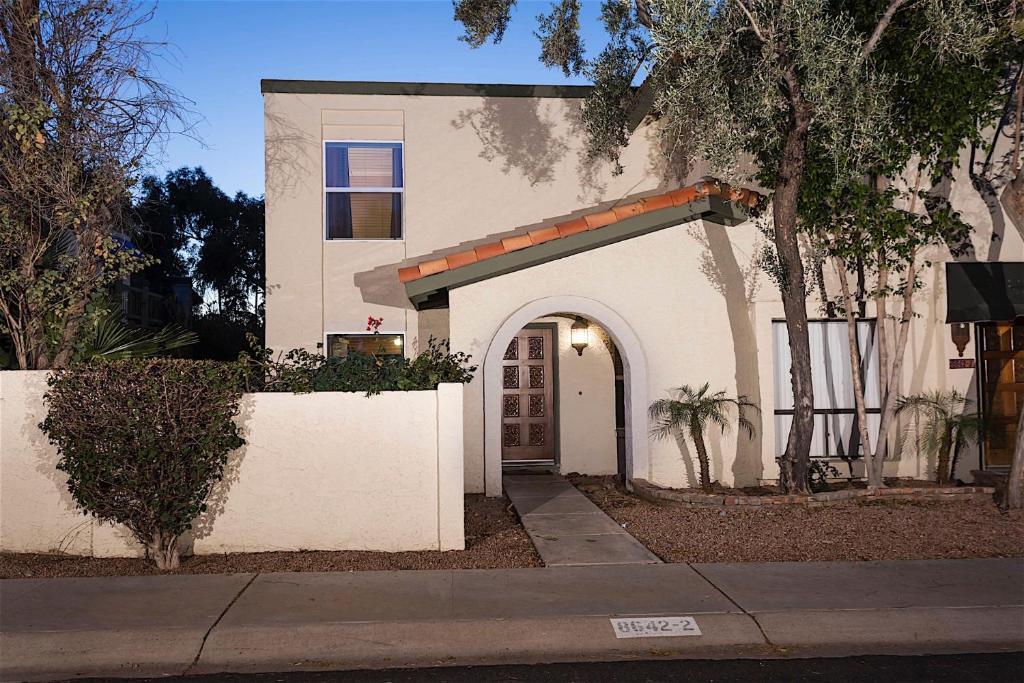 Apartments In Renaissance Arizona
