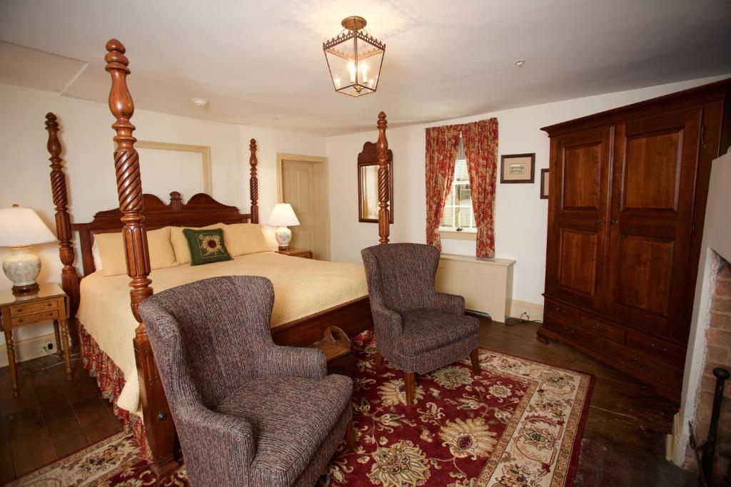 Augustus T Zevely Inn Winston Salem Nc Bookingcom