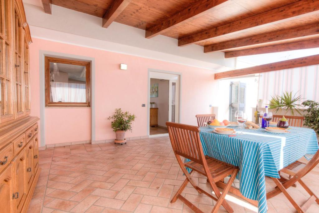 Apartment C193 Mediterranean Seaview Penthouse (4+2), Formia, Italy ...