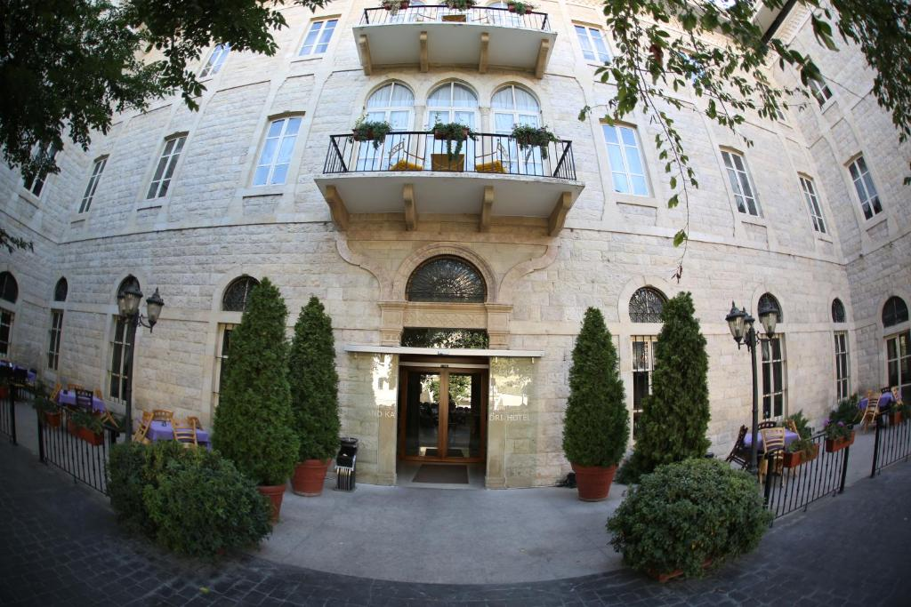 Adult Guide in Zahle