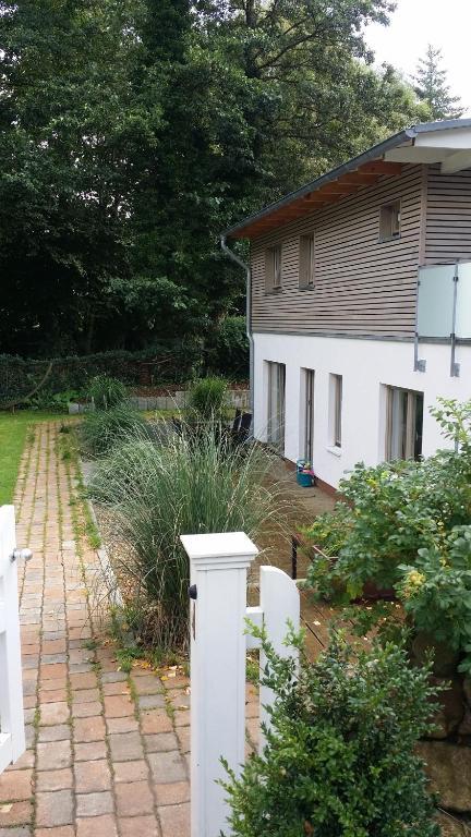 ferienwohnung ferienwohnung am meer deutschland scharbeutz. Black Bedroom Furniture Sets. Home Design Ideas