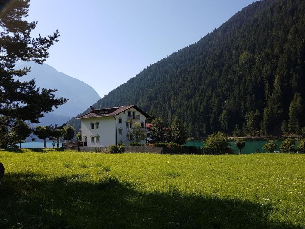 Appartamento panorama sul lago italia auronzo di cadore for Appartamento lago