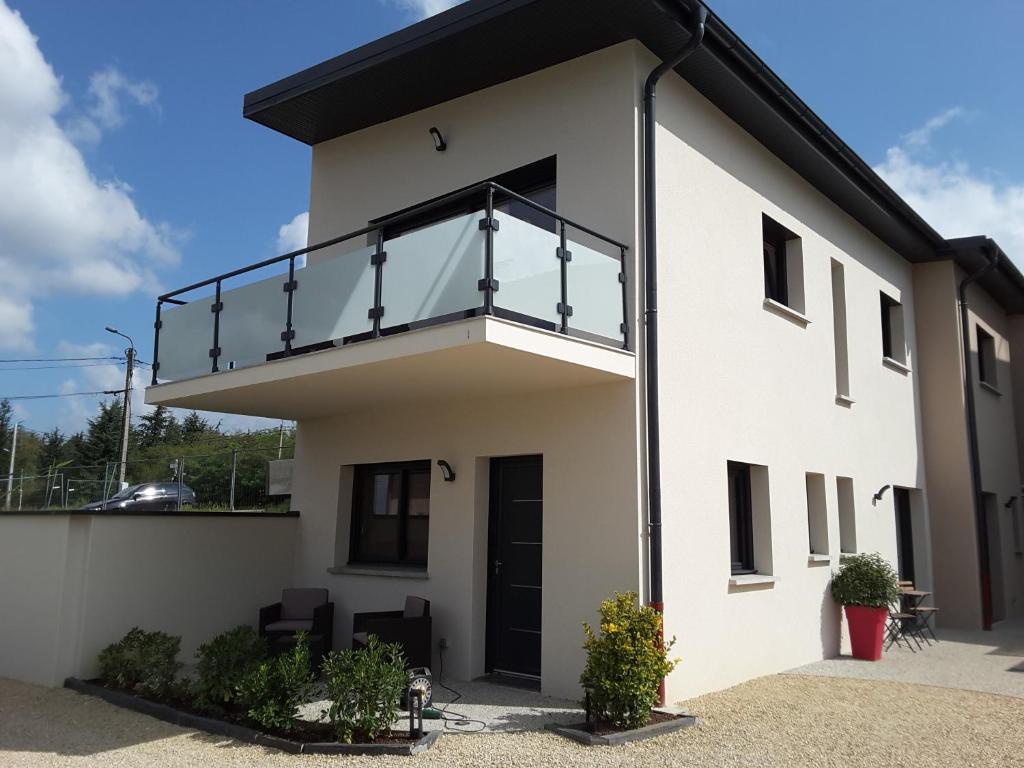 Villa\'vi Lyon Est Chambres d\'Hôtes, Saint-Priest – Updated 2019 Prices