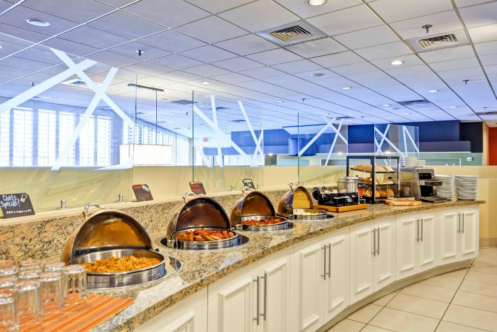 Hilton Garden Inn Phoenix Midtown Reserve Now. Gallery Image Of This  Property Gallery Image Of This Property ...